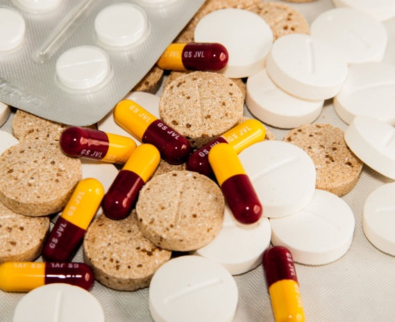 medicine tablets and capsules